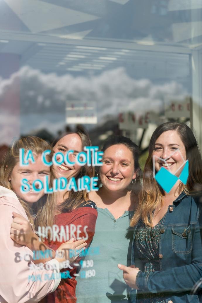 lacocottesolidaire-etonnantes-restaurant-participatif-nantes-solidarite-étonnantes-magazine-revue-solenncosotti-remylidereau-femmes-interview-portrait